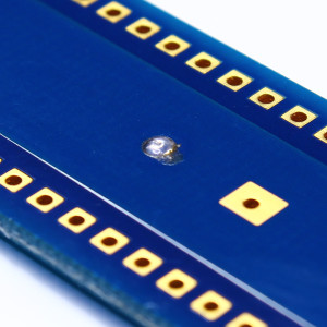 Central pad soldered
